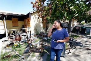 Doble tragedia vive una pareja hispana: les niegan la residencia y sufren un fatal incendio