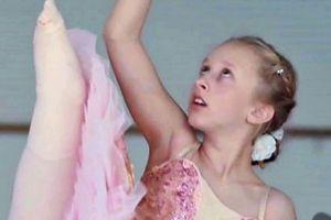 Perdió una pierna a los 2 años y cumplió su sueño de convertirse en bailarina