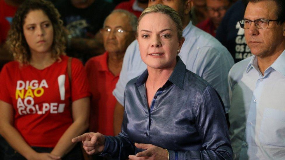 Por qué decenas de congresistas brasileños usarán el mismo apodo
