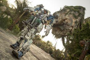 Disney hace un traje de más 4 toneladas basado en Avatar para usarlo en Pandora