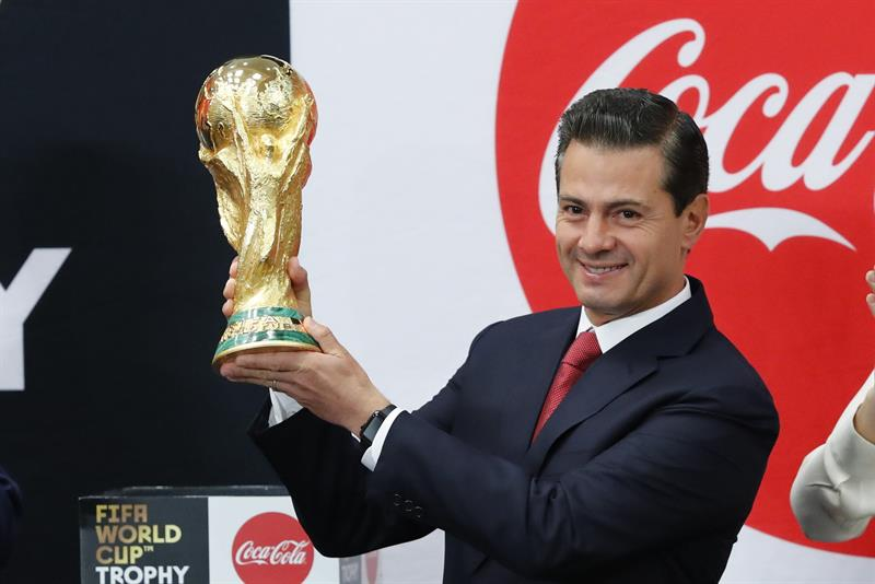Peña Nieto confía en que la selección mexicana gane la Copa del Mundo
