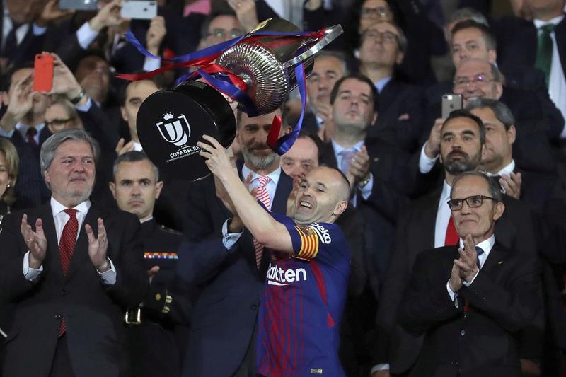 """Video recuerda al """"niño"""" Andrés Iniesta soñando con ser el capitán del Barcelona"""
