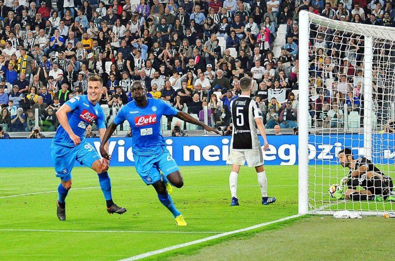 El jugador senegalés del Napoli Kalidou Koulibaly (celebra el gol del triunfo frente al Juventus FC. (Foto: EFE/EPA/ALESSANDRO DI MARCO)