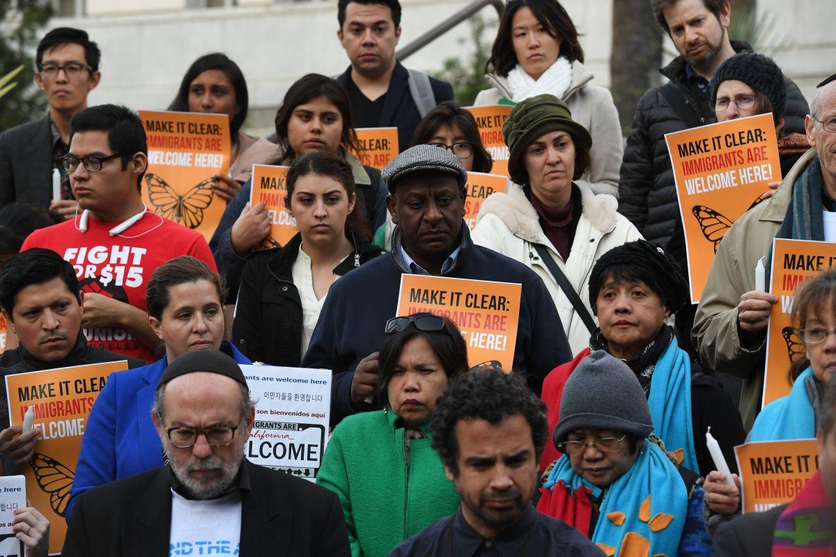 De Nueva York a Los Ángeles, más de 300 ciudades se han declarado santuarios desde que Trump tomó protesta, con el fin de prevenir la separación de familias con parientes indocumentados.