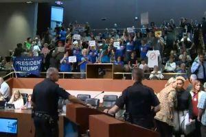 Aliso Viejo se suma a demanda contra ley santuario de California
