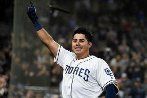 Christian Villanueva, el mexicano que hace historia en MLB