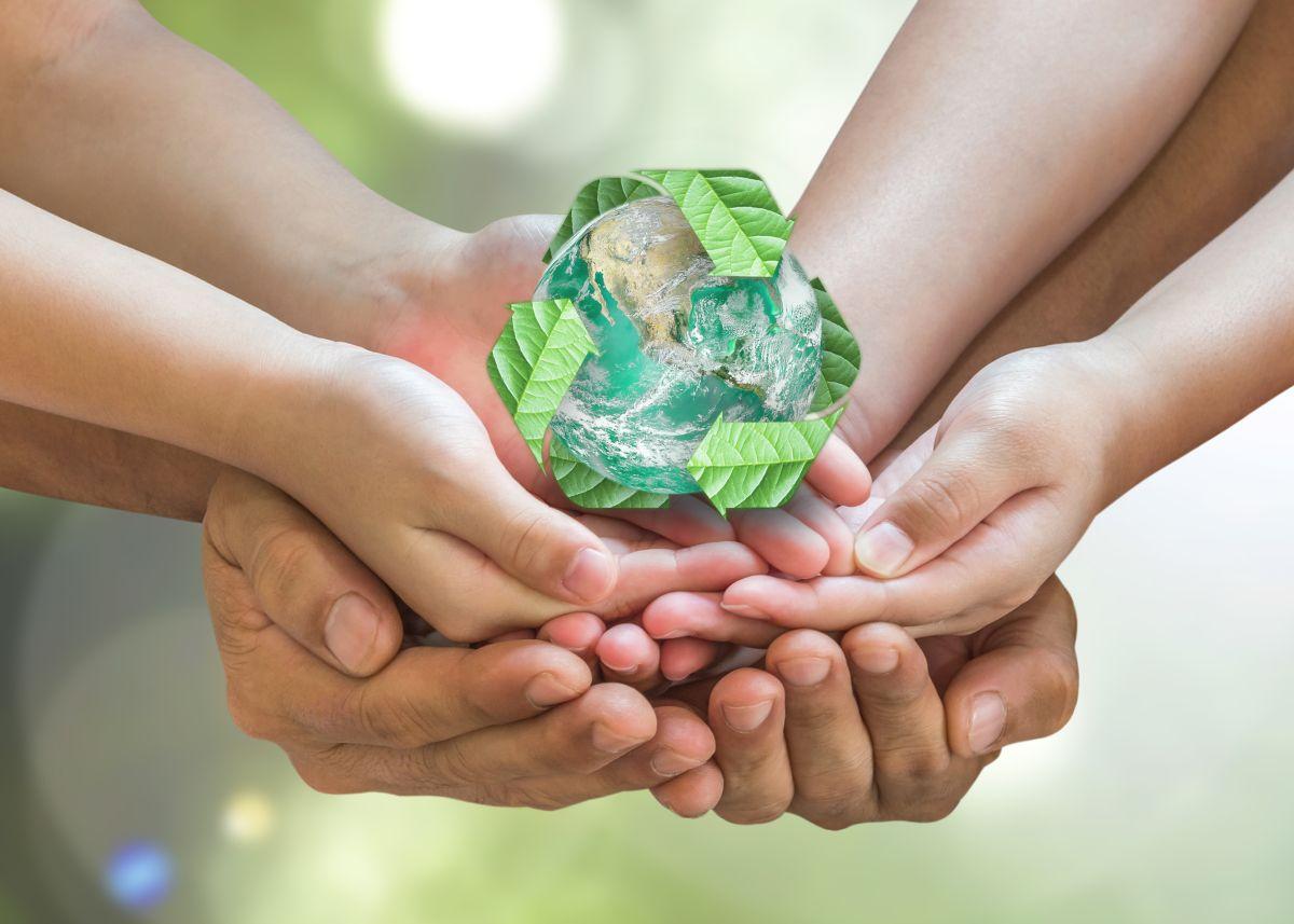 Las familias juegan un papel importante en el esfuerzo de proteger la Tierra.