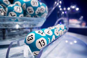 "Billete de lotería ""con error"" le da $7 millones a un hombre de Oregón"