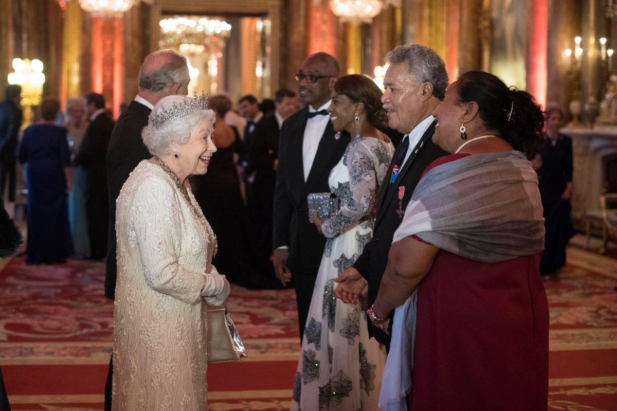 El Príncipe Carlos sucederá a la Reina Isabel II al frente del Commonwealth
