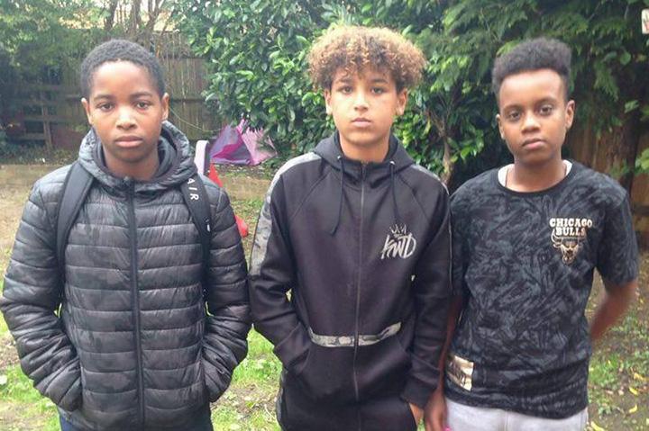 Tres niños convencen a un hombre de que no se suicide, ¡increíble historia!