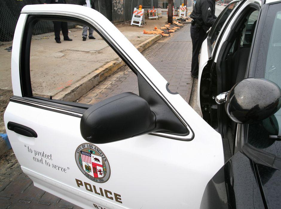 4 heridos después que un hombre disparó contra asistentes a una fiesta en DTLA