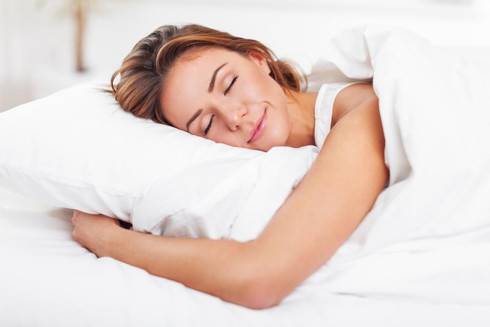La razón por la que las mujeres deben dormir 20 minutos más que los hombres