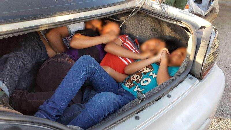 Más de 700 niños han sido separados de sus padres en la frontera