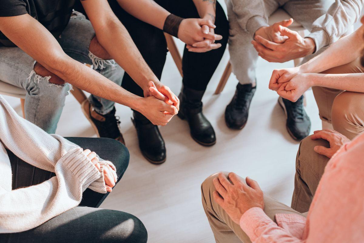 La mayoría de los centros que asisten a las víctimas de la violación sexual cuentan con grupos de apoyo.