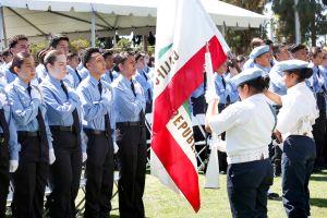 Estudiantes se gradúan de Academia Magnet de Policía de L.A.