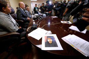 Familiares de hombre muerto a manos de agentes de LAPD entablan demanda