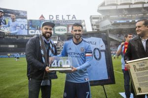 """Nueva York proclama el """"Día de David Villa"""" por sus 400 goles y el Guaje lo celebra con dos más"""