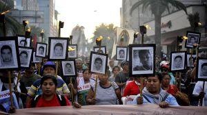 Nuevo expediente sobre los desaparecidos de Iguala exige revisar restos óseos
