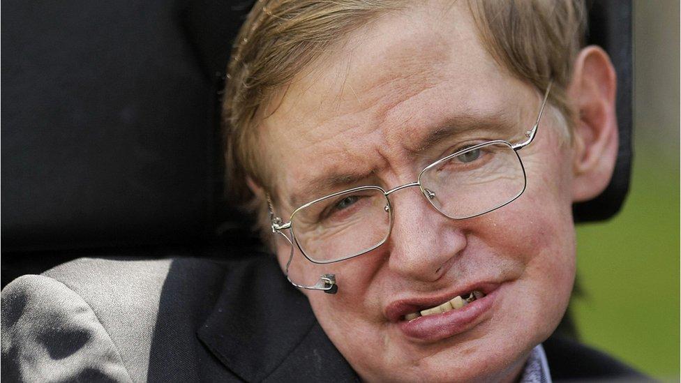 El homenaje a Hawking será el 15 de junio.