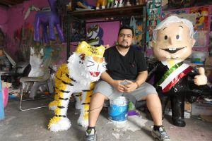 La piñata de López Obrador está causando sensación en México