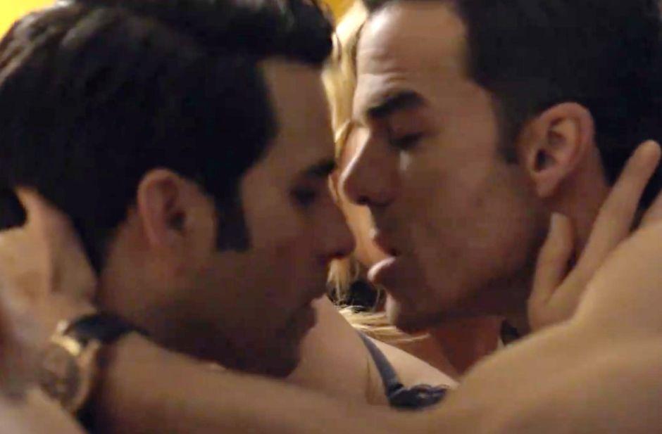 Video: Mira el beso gay en 'El Señor de los Cielos' que causó polémica