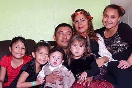 Alberto Alonso Hernández tiene cinco hijos con su esposa.
