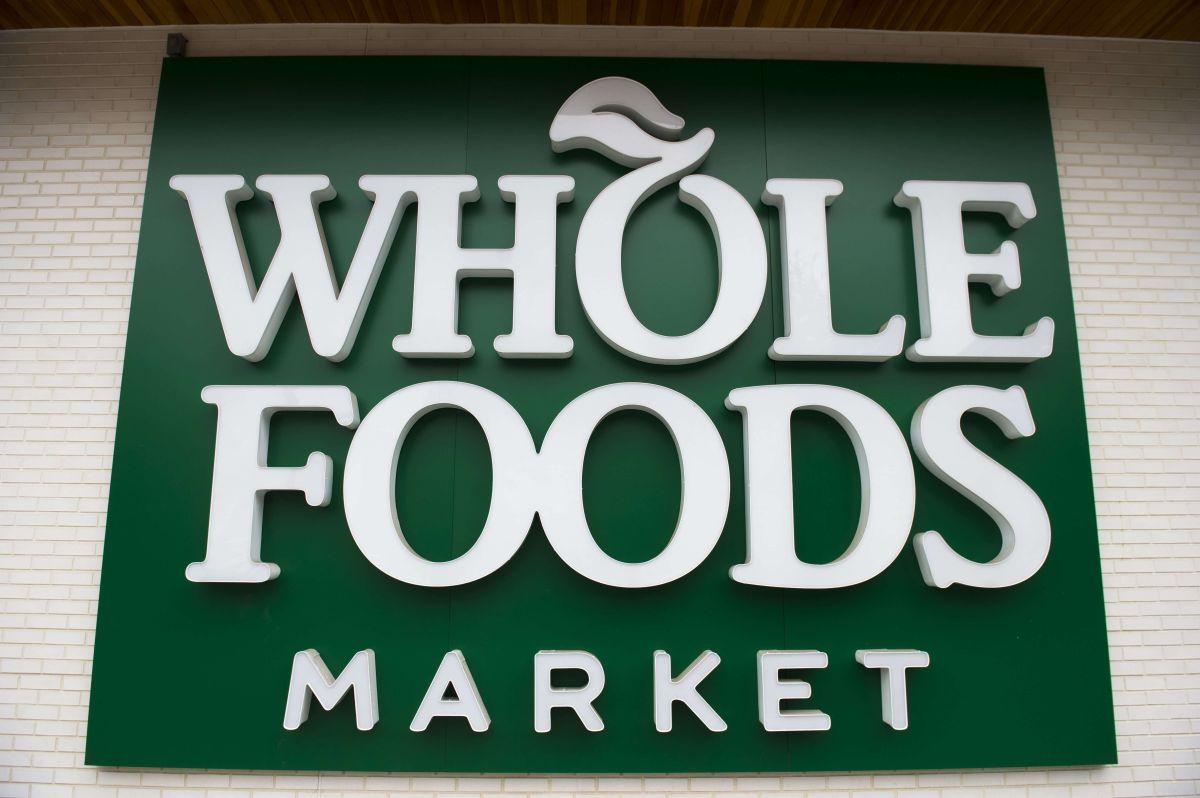 Señal de Whole Food Markets en Washington.