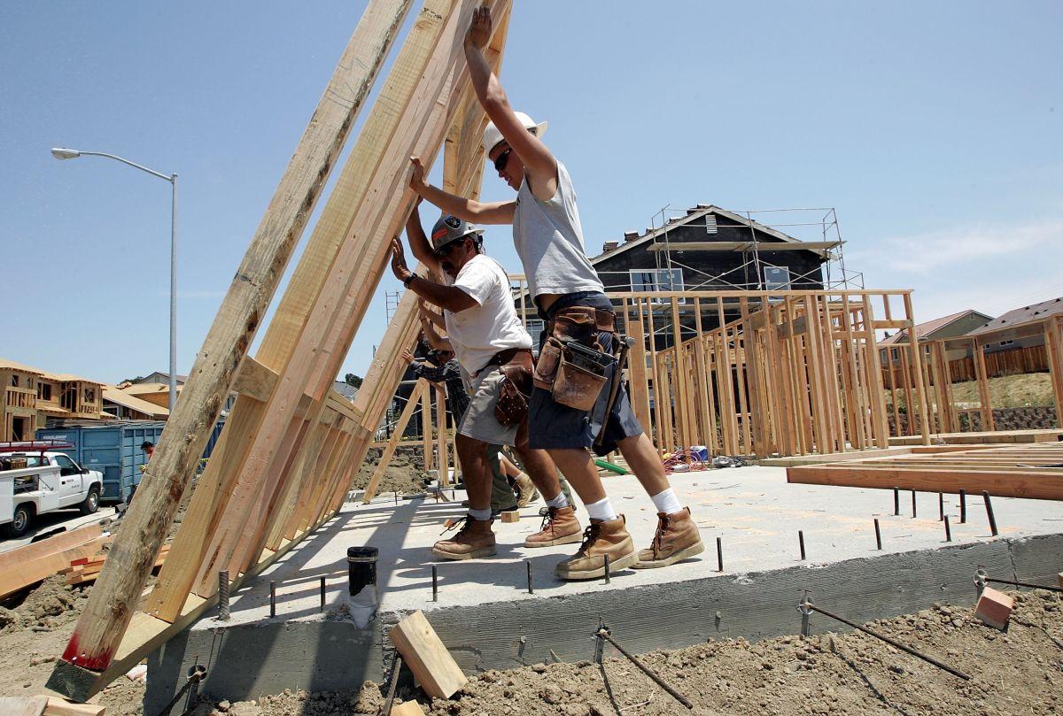 Varias medidas de vivienda tienen las firmas necesarias para ser votadas en noviembre.