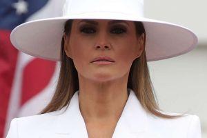 Meme de la foto de Melania en en el jardín de la Casa Blanca revuelve las redes