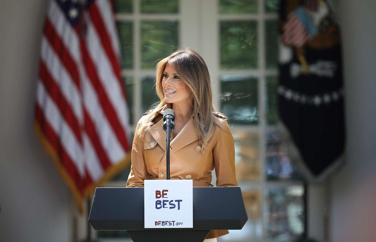 Trump se burla de adolescente y las redes sociales lo cobran con su esposa Melania