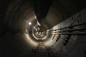 Elon Musk celebra la finalización del túnel de Los Ángeles con un video
