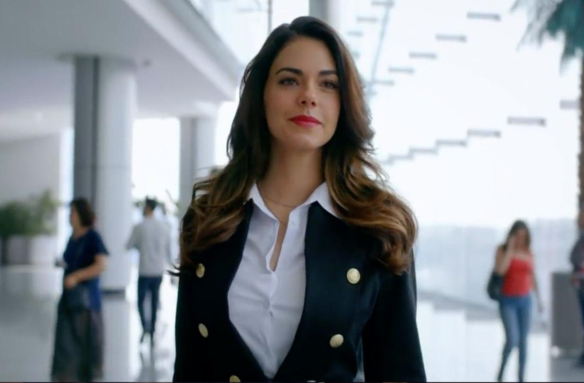 """Livia Brito regresa a Univision como """"La Piloto"""""""