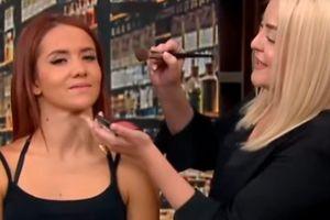 Video: Maquillista desata burlas por dejar como payaso a modelo en 'Venga la Alegría'