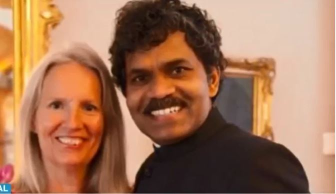 Vendió todo y viajó de la India a Suecia en bicicleta para reencontrarse con el amor de su vida