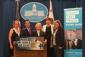 Tras el arresto del Golden State Killer, California quiere que los kits de violación se prueben más rápido