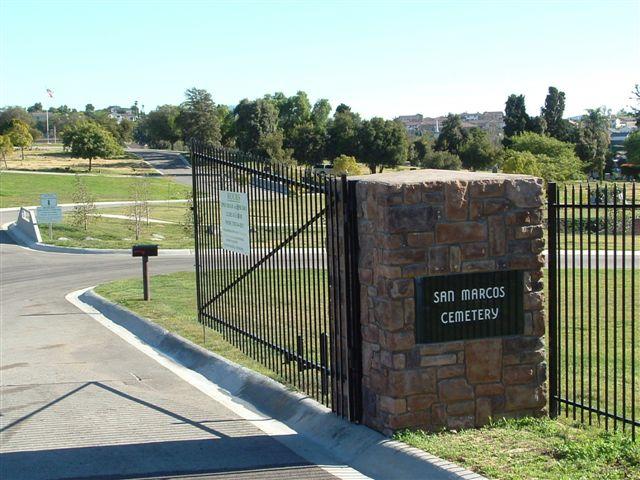 """El sospechoso viajó """"sin rumbo"""" hacia el cementerio de San Marcos."""