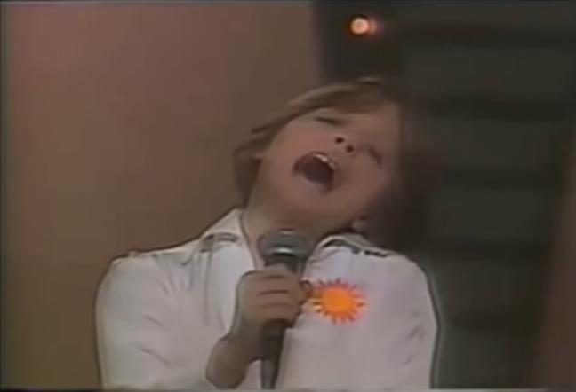 Video: Así fue el debut de Luis Miguel como cantante
