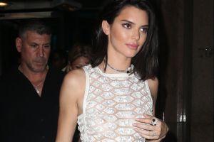 Kendall Jenner se pasea sin ropa interior, al estilo de Eiza González y Michelle Salas