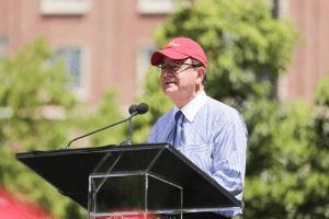 Profesores de USC insisten: el presidente debe marcharse ¡ya!