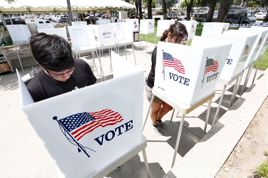 CHIRLA: el contacto directo y constante es clave para que los latinos voten