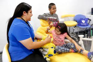 California sigue aplicando Obamacare y registra a más de 200 mil nuevos asegurados