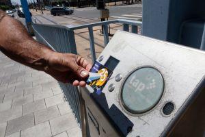 LA Metro estudiará propuesta para eliminar tarifas para todos los pasajeros de autobuses y trenes