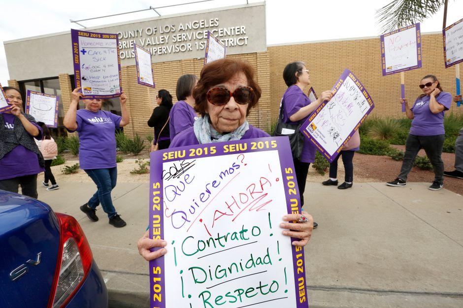 Trabajadores de asistencia personal exigen contrato justo