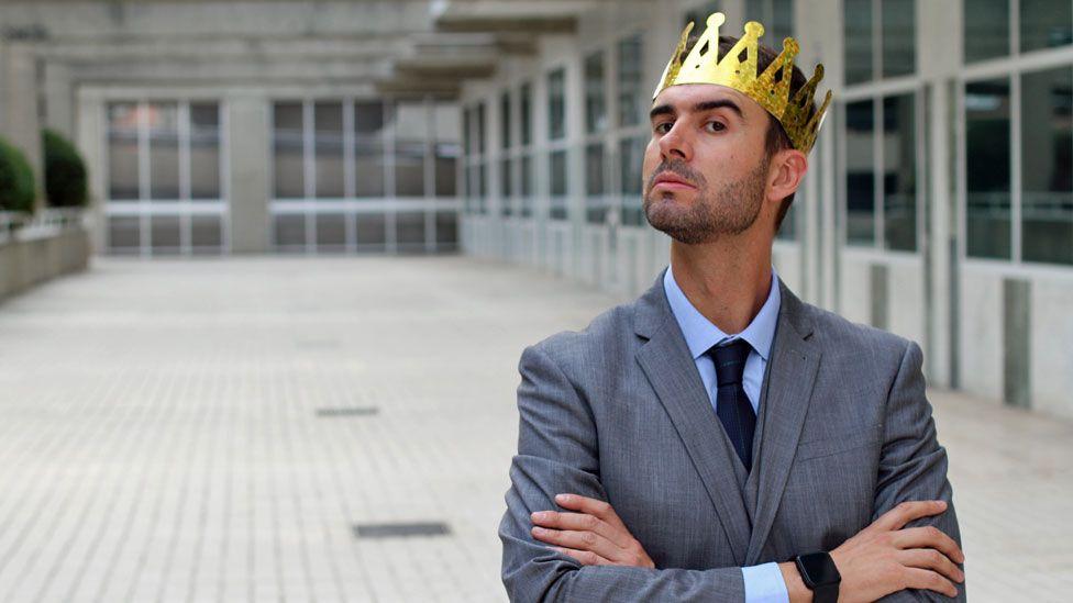 Los narcisistas se creen mejores y esto les da una gran fortaleza mental.
