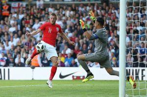 Luz y sombra de Keylor Navas en derrota de Costa Rica contra Inglaterra