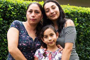 ICE deporta a México a esposa de veterano militar