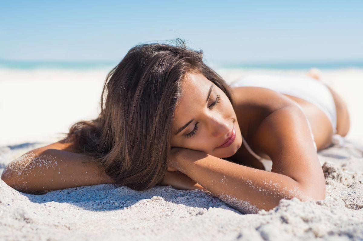 La mayoría de los casos del melanoma, el tercer tipo de cáncer de piel más mortal, son provocados por la exposición a los rayos  ultravioleta (UV) del sol.