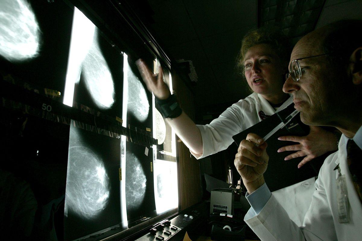 Mujer de Florida vence un cáncer de mama terminal con nueva terapia