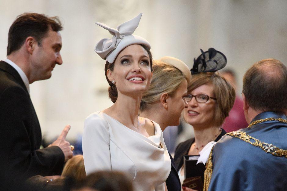Fotos: Angelina Jolie con más estilo que la duquesa de Sussex