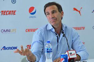 Paco Gabriel de Anda acusa a Almeyda y a David Faitelson de complot para sacarlo de Chivas